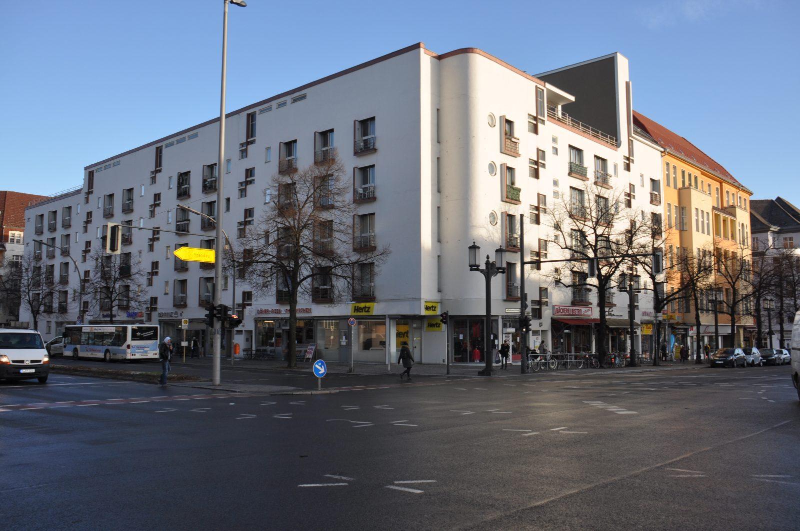 Abbildung: Apartmenthaus, Berlin, Kaiserdamm 25, Architekt: Hans Scharoun, 1929, Foto: 2019, BEST